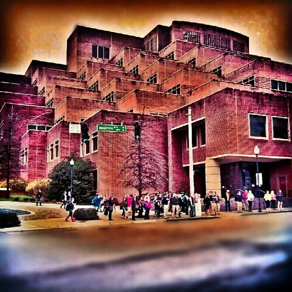 Photo taken at John C. Hodges Library by Prophet6 on 4/13/2013