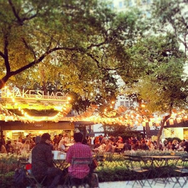 Foto diambil di Madison Square Park oleh Coca pada 5/13/2013