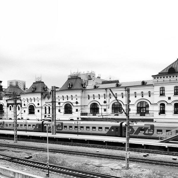 Photo taken at Железнодорожный вокзал Владивостока / Vladivostok Railway Station by Kirill on 5/25/2013