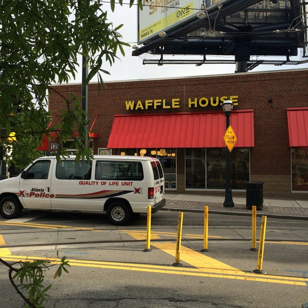 Photo taken at Waffle House by Don A. on 8/1/2016