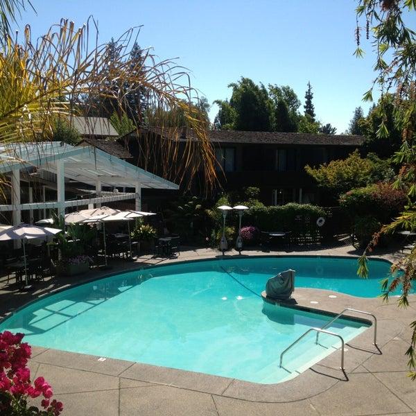 Dinah 39 S Garden Hotel Palo Alto Ca