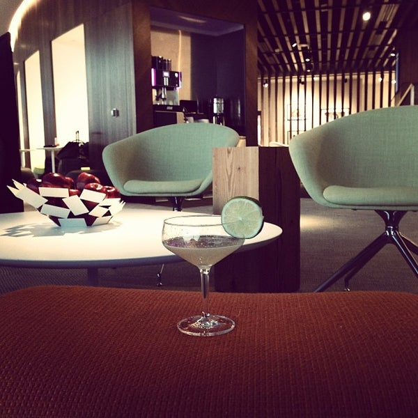 Photo taken at The Centurion Lounge Las Vegas by Eddy B. on 5/3/2013