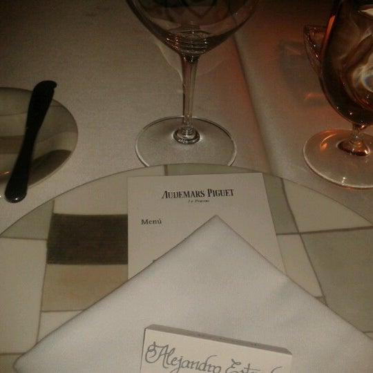 Foto tomada en Jaso Restaurant por Melissa E. el 10/3/2012