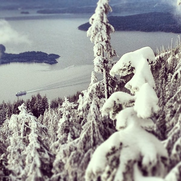 Photo taken at Cypress Mountain Ski Area by Yumi A. on 2/9/2013