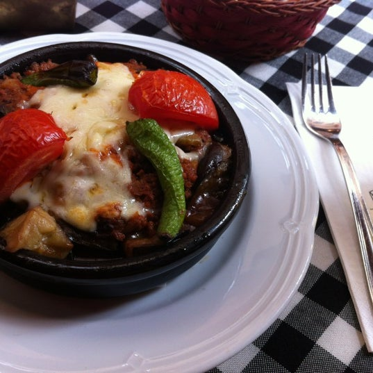 11/6/2012 tarihinde Ксюшаziyaretçi tarafından Cozy Bar&Restaurant'de çekilen fotoğraf