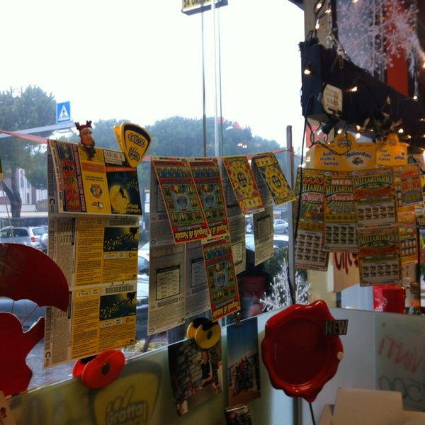 Photo taken at Tabaccheria BREGOLATO by Cioccia . on 12/22/2012