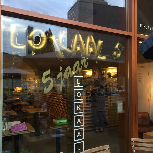Photo taken at Lokaal Espresso by Gijsbregt B. on 9/10/2016