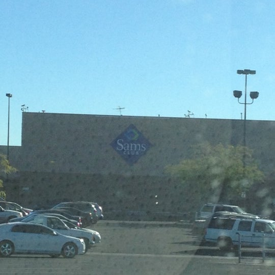 Photo taken at Sam's Club by SisDr U. on 11/23/2012