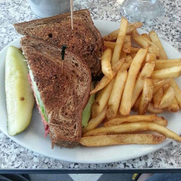 Photo taken at The Original Mel's Diner by Edward . on 10/29/2014