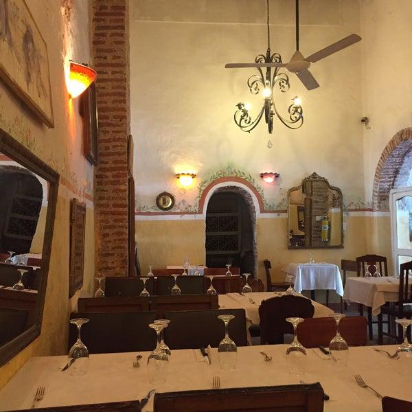 Foto tomada en Donde Olano Restaurante por Jaime Andrés Toledo el 5/14/2015