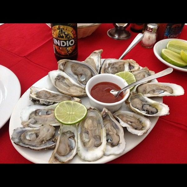 Photo taken at Restaurante Hnos. Hidalgo Carrion by ॐ Reyna María C. on 12/1/2012