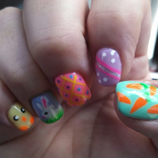 Nails highlands ranch ~ Beautify themselves with sweet nails