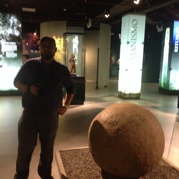 Photo taken at Museo de Jade by Cris on 7/20/2014
