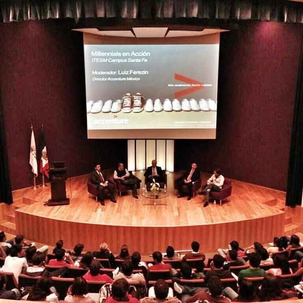 Foto tomada en Tecnológico de Monterrey por Lenny A. el 4/16/2013