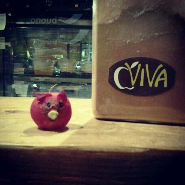 Foto scattata a Viva da Elena C. il 3/27/2013