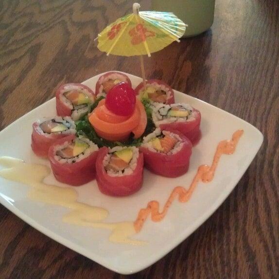 รูปภาพถ่ายที่ Samurai Sushi โดย Wendy F. เมื่อ 4/12/2013