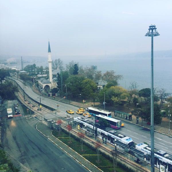 11/6/2016 tarihinde Sezerziyaretçi tarafından Anjer Hotel Bosphorus'de çekilen fotoğraf