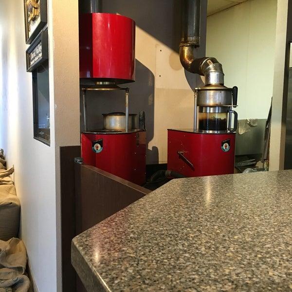 Photo taken at Javatinis Espresso Bar by Nate on 8/4/2016
