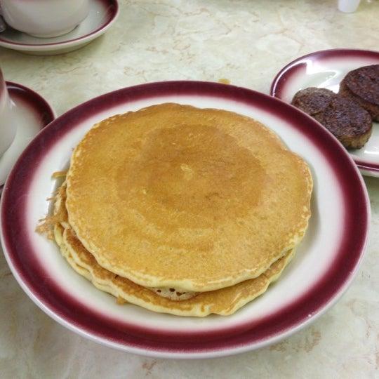 Photo taken at Tastee Diner by Audrey C. on 10/20/2012