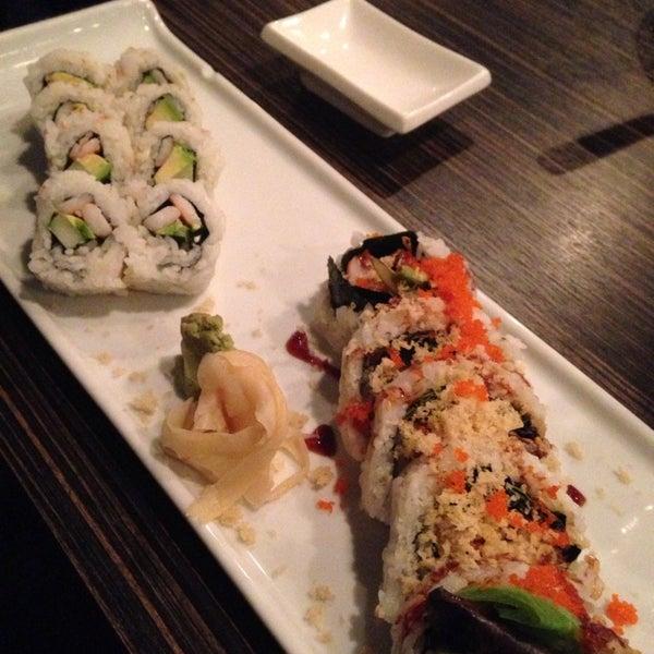 Foto diambil di Sushi Thai oleh Kathleen M. pada 12/10/2013