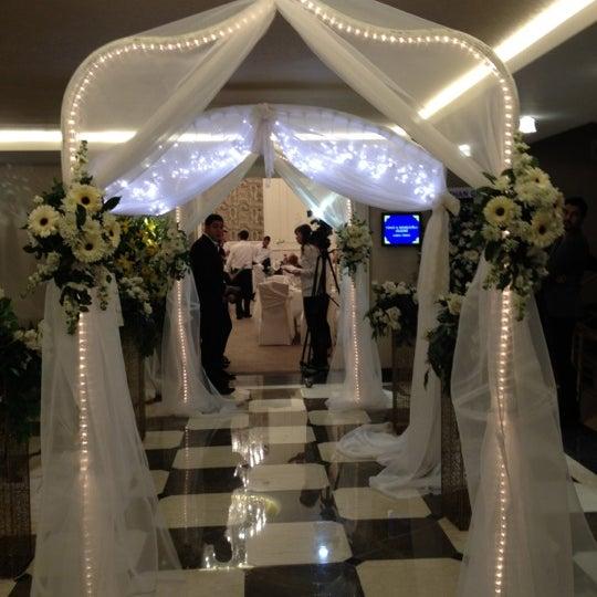 Das Foto wurde bei Grand Hotel Gaziantep von Ayse E. am 12/1/2012 aufgenommen