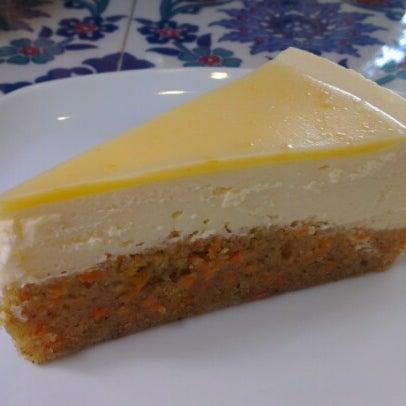 11/9/2012 tarihinde Zafer A.ziyaretçi tarafından Maria's Cheesecakes'de çekilen fotoğraf