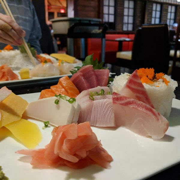 Green tea sushi asheville nc for Asaka authentic japanese cuisine asheville nc