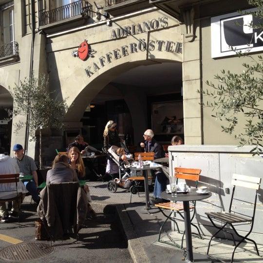 Das Foto wurde bei Adriano's Bar & Café von Danilo am 10/5/2012 aufgenommen