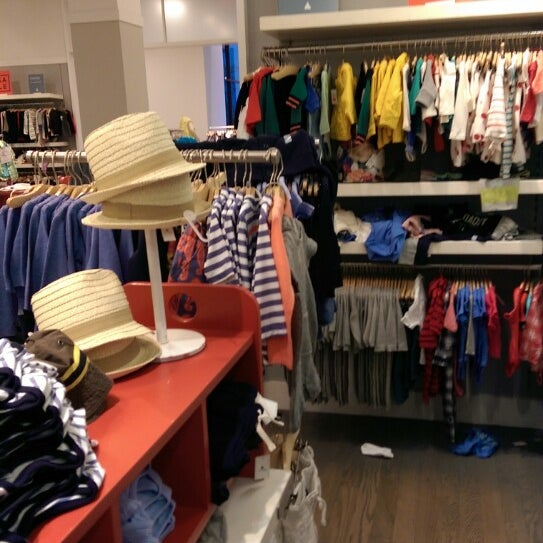 Photo taken at Gap by Néstor M. on 4/18/2014