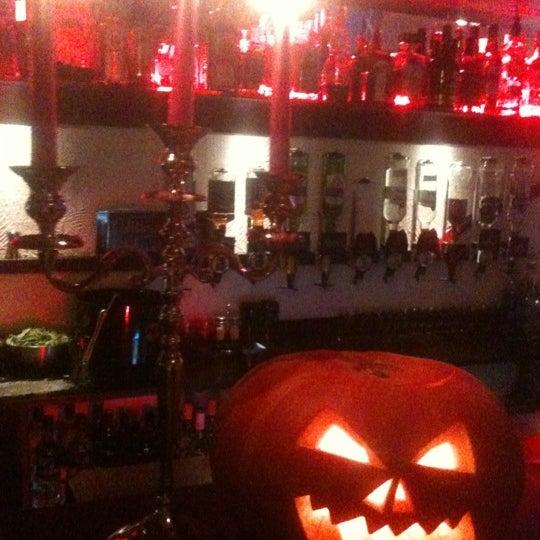 Foto tirada no(a) Le Bar d'Ixelles por Nicolas D. em 10/31/2012