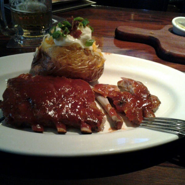 Foto tirada no(a) Outback Steakhouse por Alexandre N. em 12/11/2012