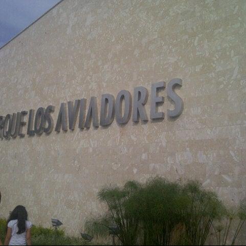 Foto tomada en C.C. Parque Los Aviadores por Marielba E. el 10/13/2012