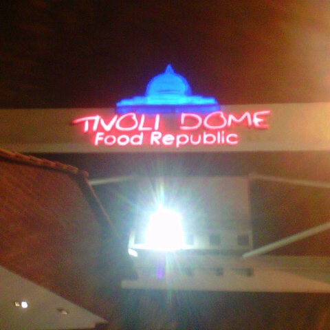 Photo taken at Tivoli Dome by Wan 'Ali on 2/5/2013