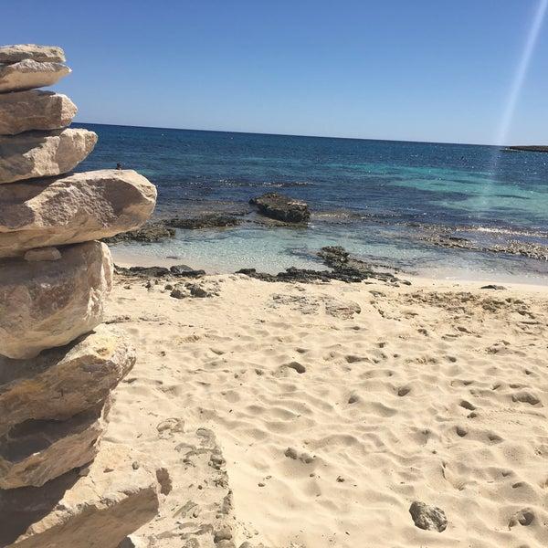 Photo taken at Makronissos beach by Li on 9/25/2016