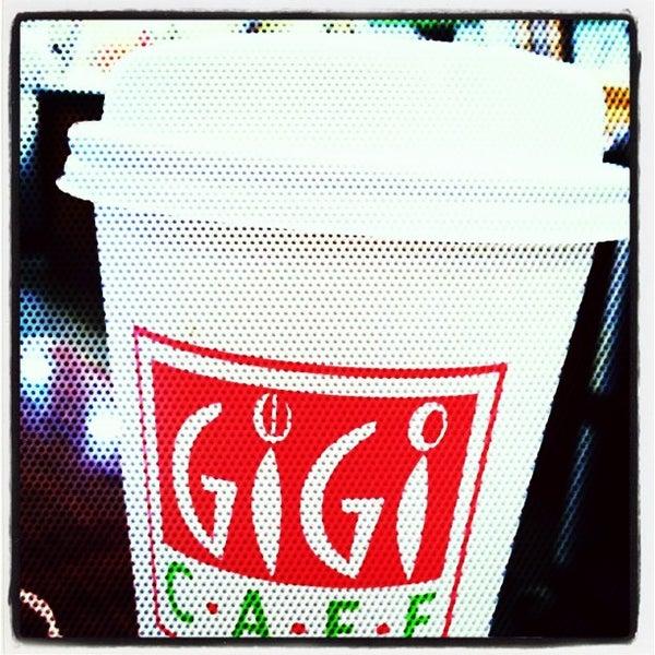 2/1/2013에 Corwin T.님이 Gigi Cafe에서 찍은 사진