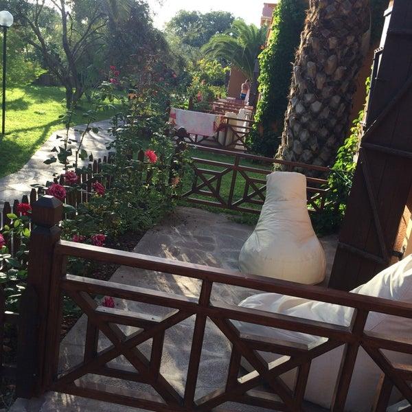 8/20/2014 tarihinde Semaziyaretçi tarafından Club Albena Otel'de çekilen fotoğraf