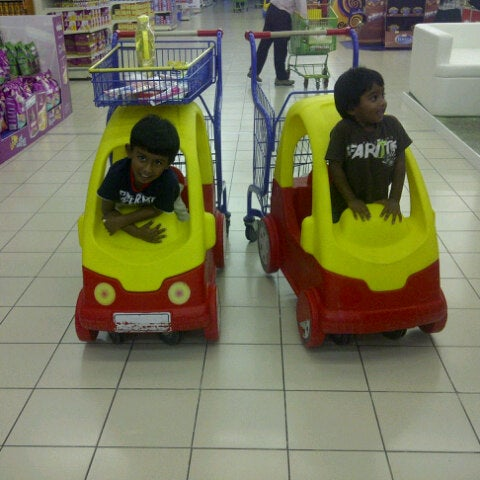 Photo taken at Lulu Hypermarket by Sathish J. on 10/21/2012