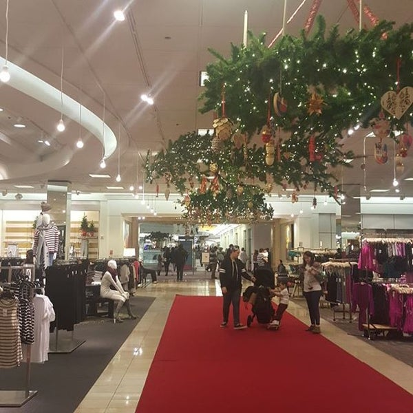 Photo taken at Nordstrom Galleria Dallas by Caszell M. on 12/5/2015