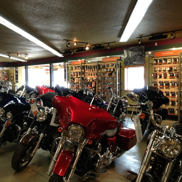 Zips 45th Parallel Harley-Davidson - Motorcycle Shop in lord