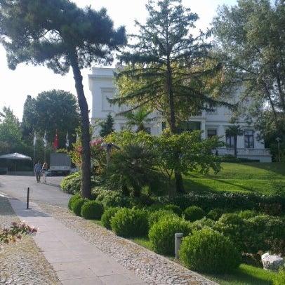 Das Foto wurde bei Sakıp Sabancı Müzesi von mmm z. am 9/15/2012 aufgenommen