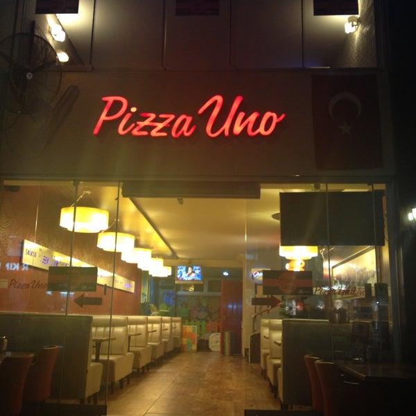 4/29/2013 tarihinde Baris B.ziyaretçi tarafından Pizza Uno'de çekilen fotoğraf