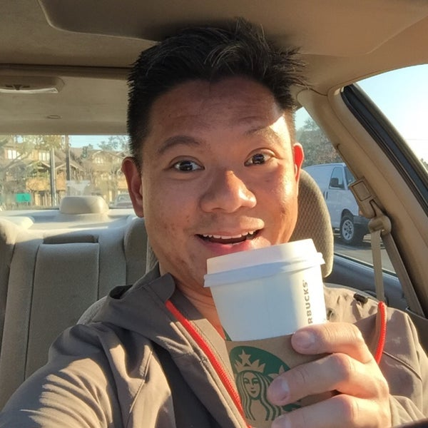 Photo taken at Starbucks by Ray Q. on 12/30/2015