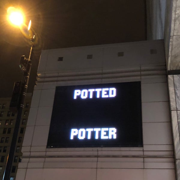 Снимок сделан в Broadway Playhouse пользователем Ray Q. 2/4/2018
