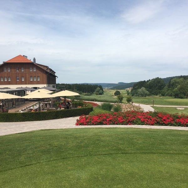 Photo taken at Lindner Spa & Golf Hotel Weimarer Land by Cathy on 7/8/2016