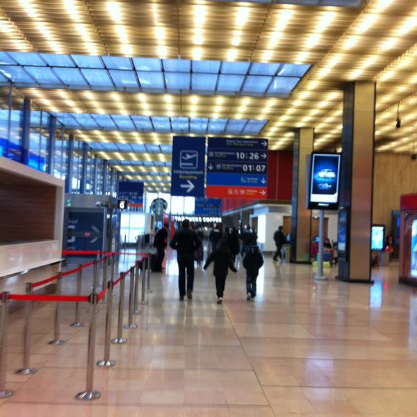 Photo taken at Paris-Orly Airport (ORY) by Yu*la on 3/30/2013