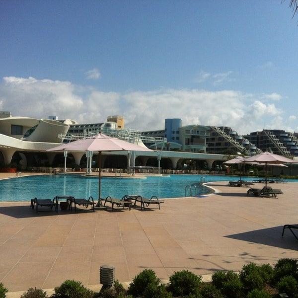 4/11/2013 tarihinde Tolga B.ziyaretçi tarafından Cornelia Diamond Golf Resort & Spa'de çekilen fotoğraf