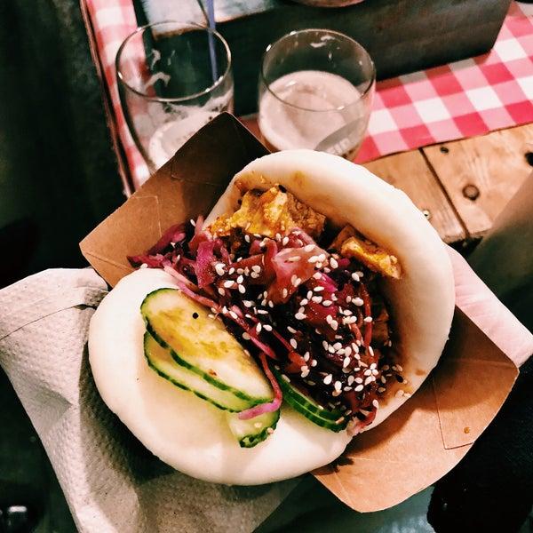 Das Foto wurde bei Street Food Thursday von Monika am 2/15/2018 aufgenommen