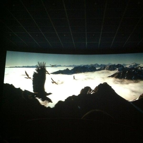 Foto tirada no(a) Кинотеатр «Россия» por Анна em 12/22/2012