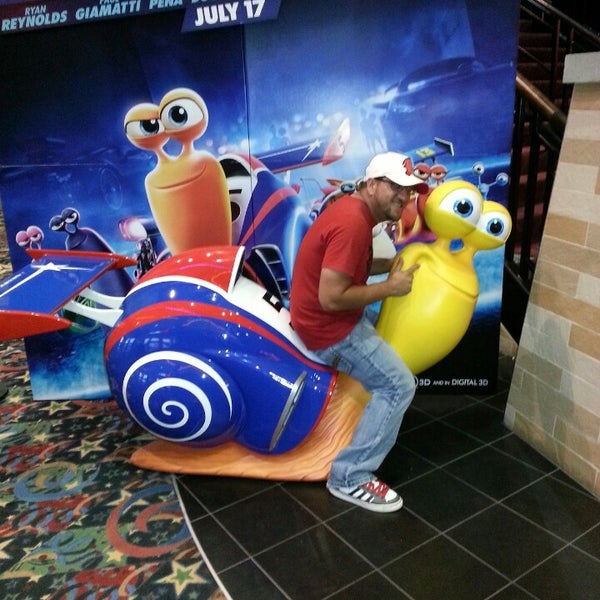Photo taken at Cobb Grove 16 Cinemas by Juan M. on 5/10/2013