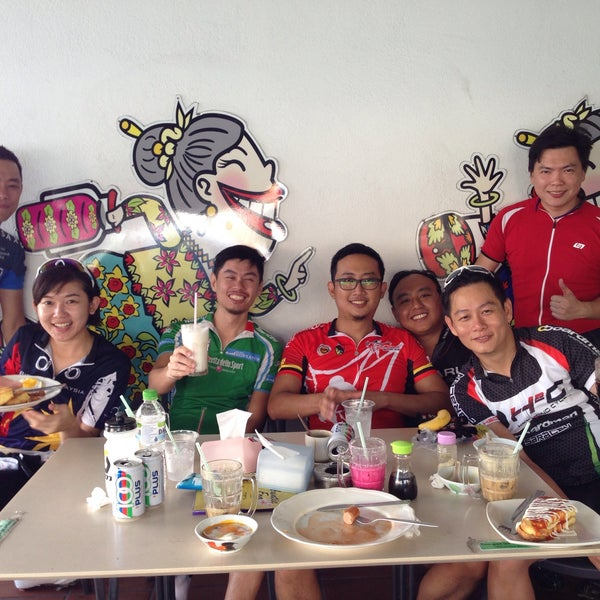 Photo taken at Auntie Kopitiam by Patrick F. on 3/7/2015